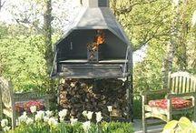 Braai / De zuid afrikaanse braai , de combinatie van barbecue en buitenkoken op hout.