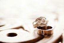 B-eautiful Wedding Band Photos / Amazing and inspiring wedding band photos. #photography