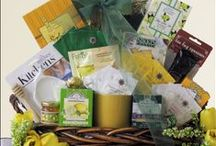 Coffee & Tea Gift Baskets / Delicious and delightful gourmet coffee and tea baskets - brewing up warm treats