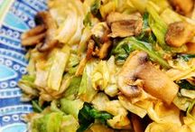 Healthy Dinner Ideas / Make the last meal of the day count!  / by Bon'App