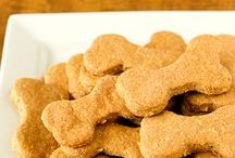 For the Dog / A board dedicated to the best pets of all: dogs! All kinds of goodness for the animals in your life, from puppies to big dogs, including quotes, training, wellness, food and treat recipes.
