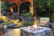 Outdoor Rooms and Courtyards / Outdoor rooms are where we live spring, summer and fall. Here are great ideas on creating these new outdoor living rooms and courtyards.