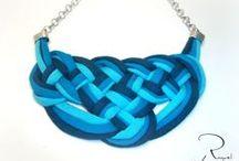 JOYAS-TELA 2 / Pequeñas joyas hechas de tela, con cintas, fieltros, lanas.... Jewelry made with fabric,ribbon, felts, wools....