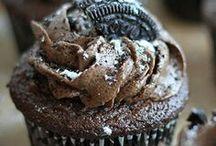 Cupcakes / by Michelle Graziano