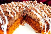 Cakes / by Michelle Graziano