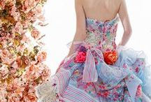 Style / Dresses and women's clothing + beautiful wedding gowns.