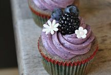 cupcakes + muffins / unique recipes, interesting decorations, and tips for a perfect little dessert / by Meera Gomer