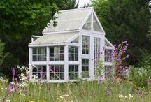 garden sheds / by Tammi Walton