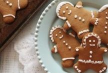 Holiday Cookies / Tis the season for sweetness! Cookies make the holiday season that much sweeter. Our cookie recipes are perfect for sharing.