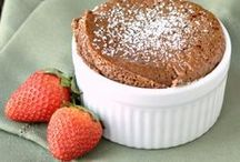 Heart Healthy Desserts / Satisfy your sweet tooth and keep your heart happy with these healthier dessert recipe ideas!