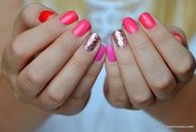 It's all about nails / by Maritza Arreola