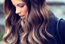Make me pretty / make up + hair.  / by montserrat r