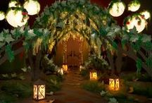 PROM THEMES. / Your perfect prom night starts with decor.