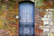 Doors / by Cheryl Cummings Bagley