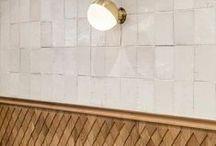 Murs / Revêtements / Parce qu'on peut faire autrement qu'un mur blanc, vive le revêtement mural sous toutes ses formes, surtout les plus originales !