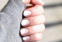 {nails}