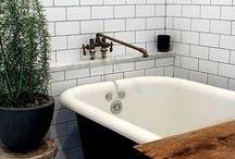 Wohnen - Badezimmer || Bathroom