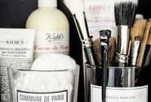 beauty storage / All cosmetic junkies do know this problem ... how to store all of those things !! ?? Here some inspirations :)