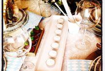 Organizar  fiestas y eventos!!!!! / Ambientes y mesas llenas de detalles, para recibir con todo el mimo e ilusión a invitados y amigos.