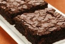Brownies / The Best Brownie Recipes on Pinterest! You will love these brownies recipes of all kinds! Pin and share with others.