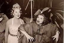 Vintage Halloween / A collection of Halloween history
