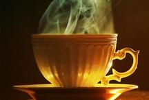 TEA CUPS / by Nondas Hebda