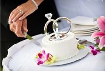 Wedding Cakes: Maui Style