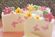 Craft inspiration / Inspirations for crafting such as soaps, candles, sewing and any other homemade crafts