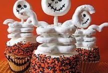 Halloween! / by Holly Hansen
