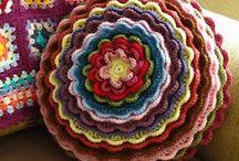 Crochet, crochet, crochet!!