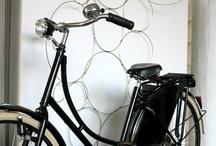 Bicycle Dressed in Wood & Leather / by Laetiçia Emmanuel