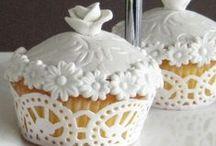 Cup cakes / by Naj Yarra
