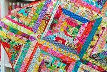 Crafty Quilting & Crochet / by Elizabeth Doyle