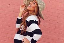 Stripes + Pregnancy by MammaFashion / Inspiration et conseils de style pour s'habiller pendant la grossesse d'une manière confortable, élégante et chic ! // Outfits inspiration and style tips to dress up the baby bump in a comfortable, elegant & chic way!  #MaternityFashion #Pregnancy #GrossesseFashion #Grossesse