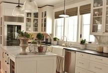 Kitchen Ideas / by Mignonne Hubina