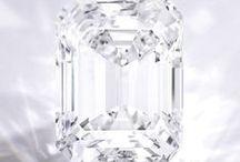 Shiny Sparkly (jewels, jewelry, gems, minerals & other shiny sparkly stuff) / by Valeen Gonzalez