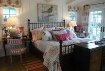 Bedrooms, Dens, Studios, etc. / by Batya Harlow