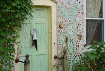 Doors, Door Knobs, Door Knockers & Archways / by Batya Harlow