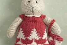 Christmassy Knits / by Lisa Chemery