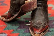 Shoes / by Haizea Yeah