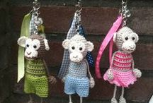 HOOKING CRITTERS / CROCHET ANIMALS ETC / by Connie Kight