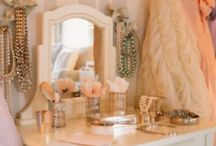 Decor Chic / by Lexi Dodd