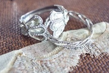 Engagement rings / by Helly