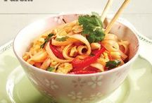 Easy stir-fry recipes / Speedy and flavourful, these stir-fry recipes will create dinners your family will love. #EasyDinnerRecipes