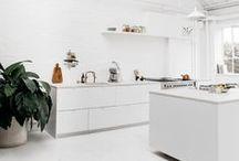 Kitchen / Beautifully decorated kitchens.