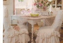 Simply Shabby Chic / by Nancy Cecil