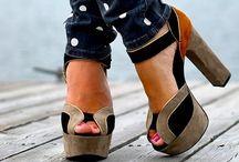 Fashion 2013 / by Dianne Bailey