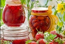 ღ Homemade Jams, Jelly & Preserves  ღ  / Just spread it on a good warm biscuit.. and enjoy :) / by Lisa Coulter