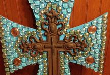 Crafts / by Dianne Bailey