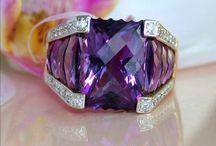 Jewelry / by Dianne Bailey